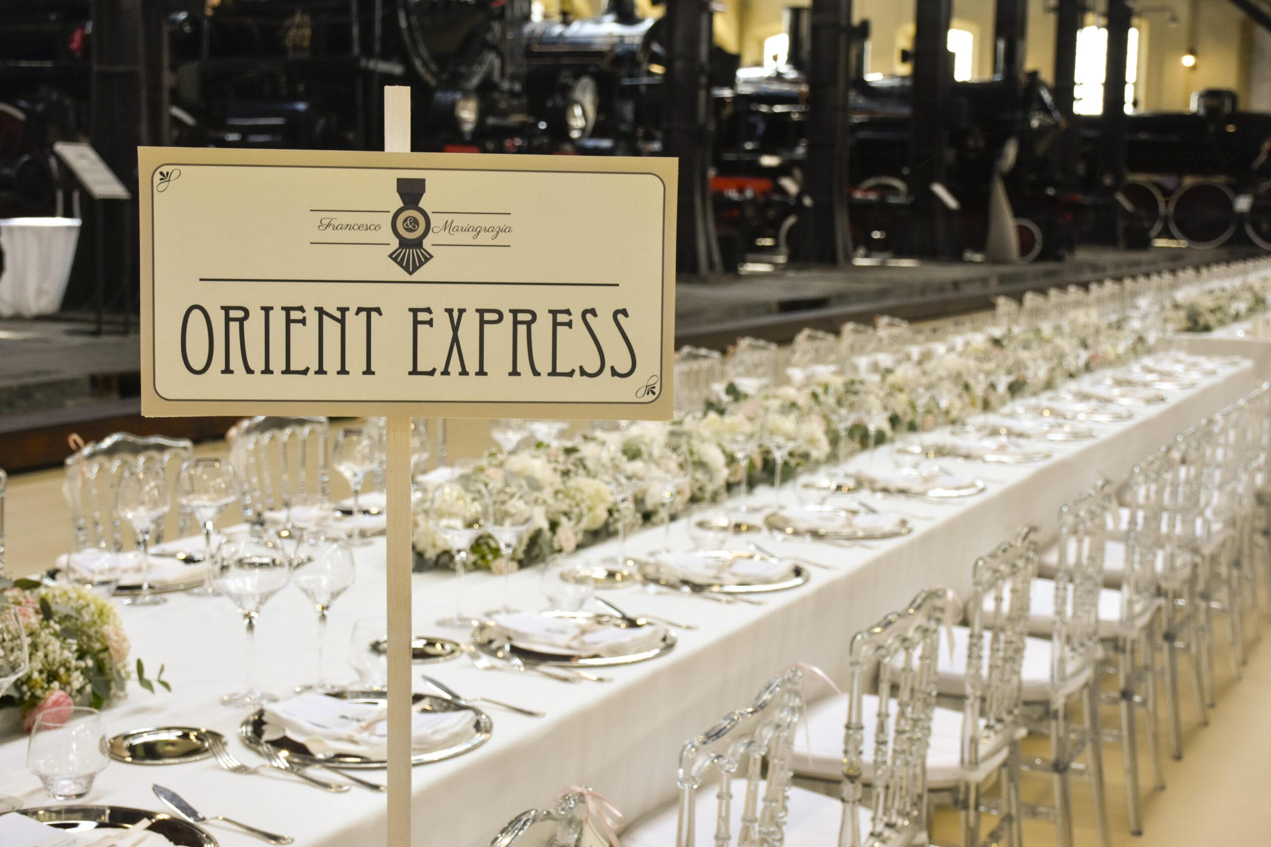 tavolo imperiale per matrimonio al mjuseo di Pietrarsa