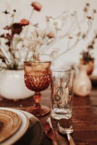 Rimandare matrimonio in autunno.Bicchiere