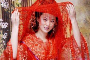 Matrimonio cinese : abito rosso.
